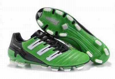 6cec8766a32 chaussures de foot bleu